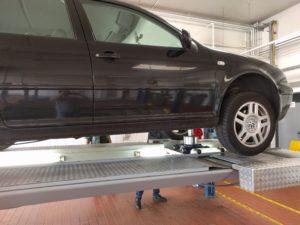 Werden Mängel festgestellt, kann nach Reparatur bei einer Nachkontrolle die Plakette zugeteilt werden.